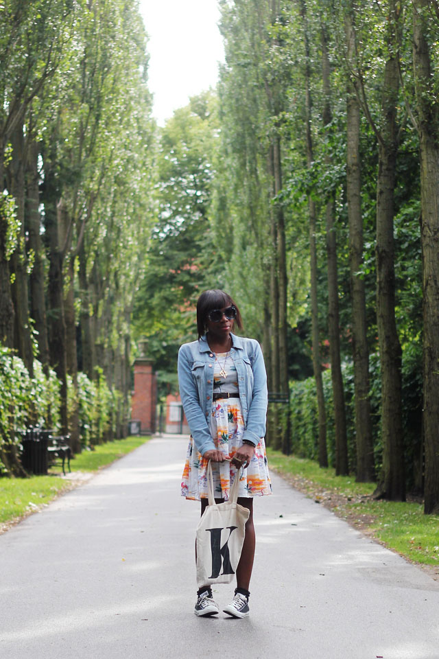 outfit post fashion blogger