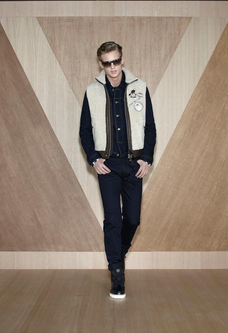 Alexander Johansson0116_Louis Vuitton FW12(Fashionisto)