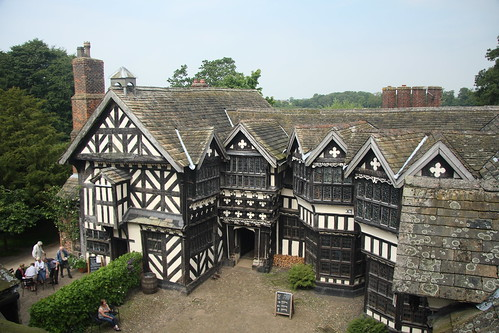 Little Moreton Hall_12-08-11_0150