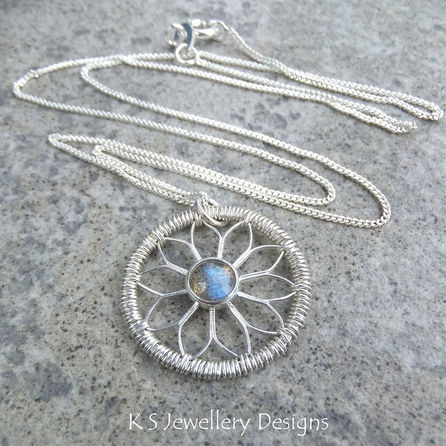 Labradorite Coiled Flower Circle Pendant - Sterling Silver