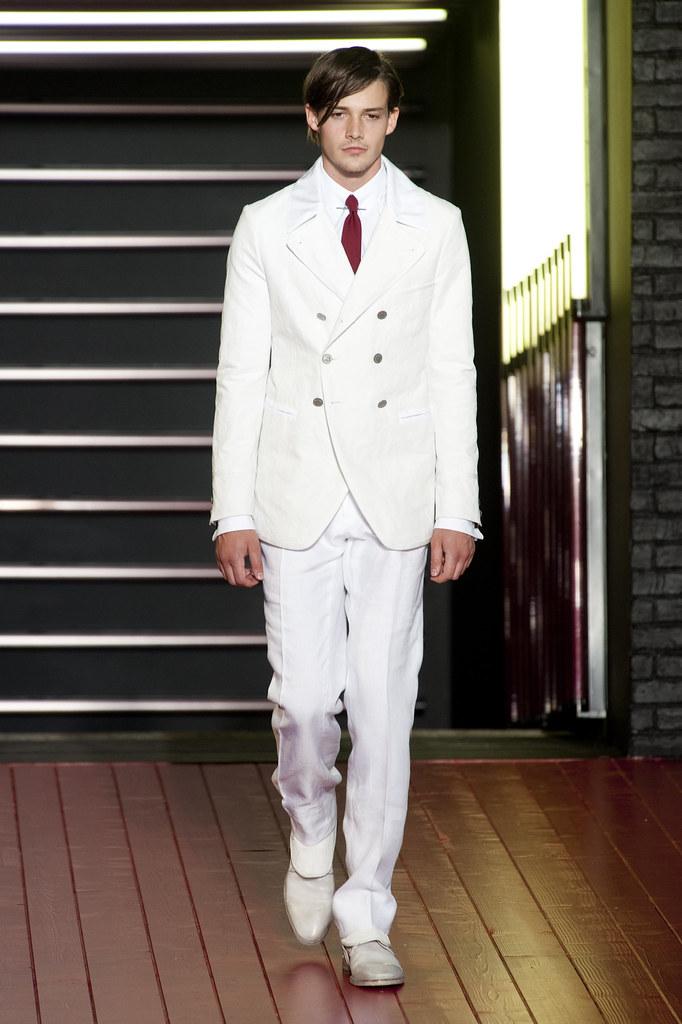 Rob Moore3374_SS13 Milan John Varvatos(fashionising.com)
