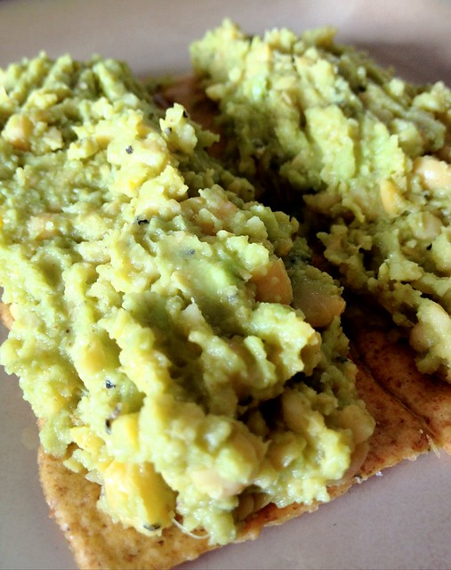 Smashed avocado and chickpeas