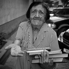 [Free Images] People, Middle and Old Age, Grandmother, Black and White, Book, Armenian People ID:201207310400