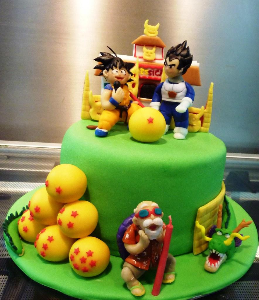 dragon ball z cake - a photo on Flickriver
