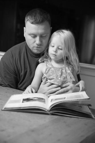 004 Scott reading to Mckenmzie
