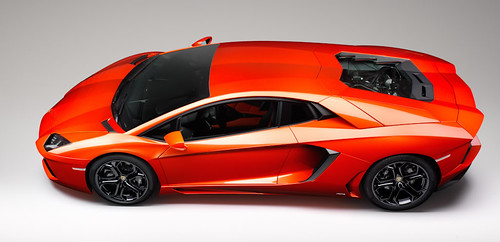 2013 Lamborghini Aventador to Feature Cylinder-Deactivation