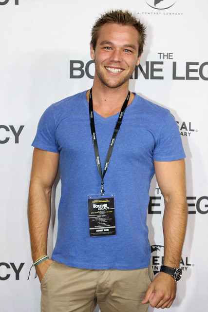 Lincoln Lewis Flickr Photo Sharing