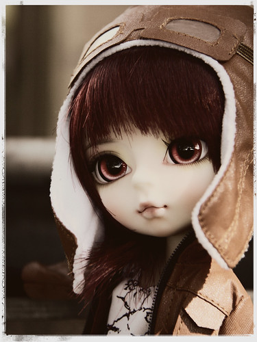 Hujoo (closer to bjd..) 7732997804_6db1e0668e