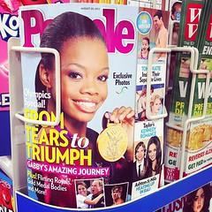 tabloid(1.0), magazine(1.0), hair coloring(1.0), advertising(1.0),