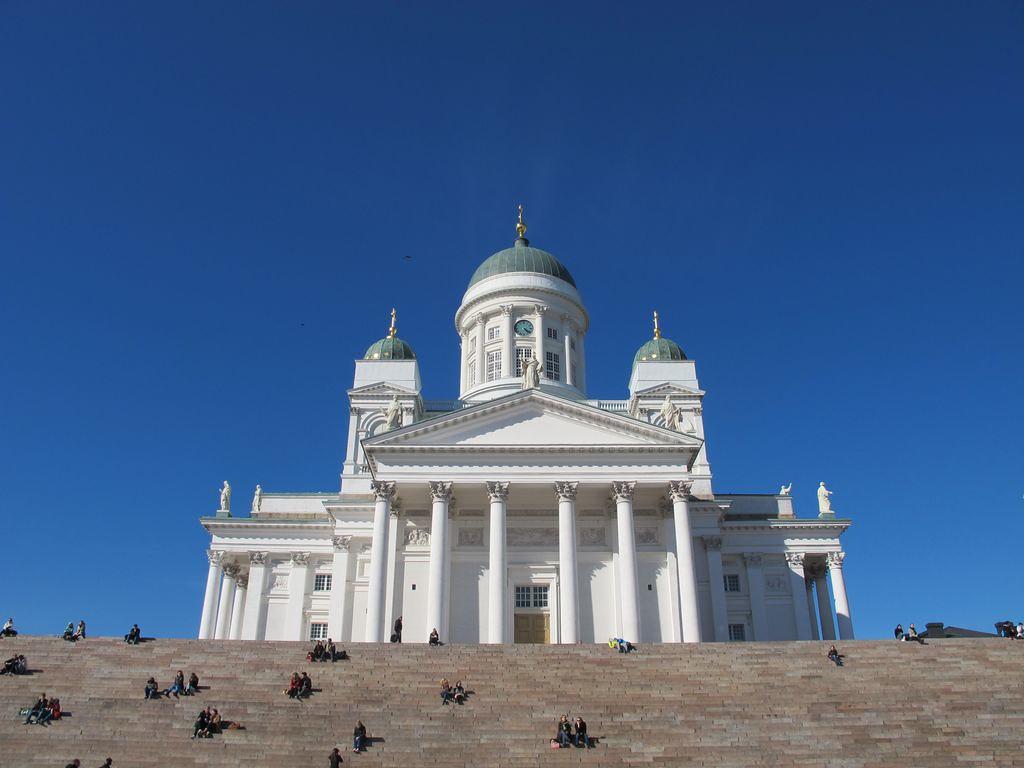 Lexington High School Choir 2012 Tour of Estonia, Finland and Sweden