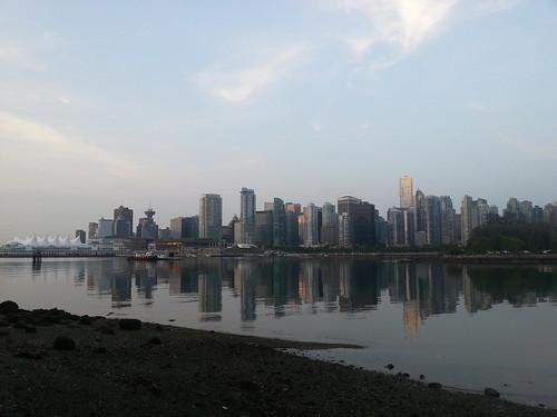 Run around Stanley Park (Vancouver)