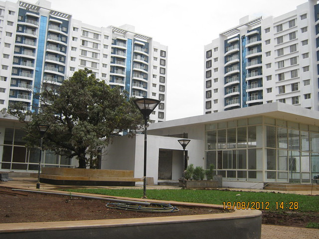 The Tree, Club House & A 12 & A 1 Buildings - Visit Sparklet - Megapolis Smart Homes 1, Hinjewadi Phase 3, Pune on 19th August 2012
