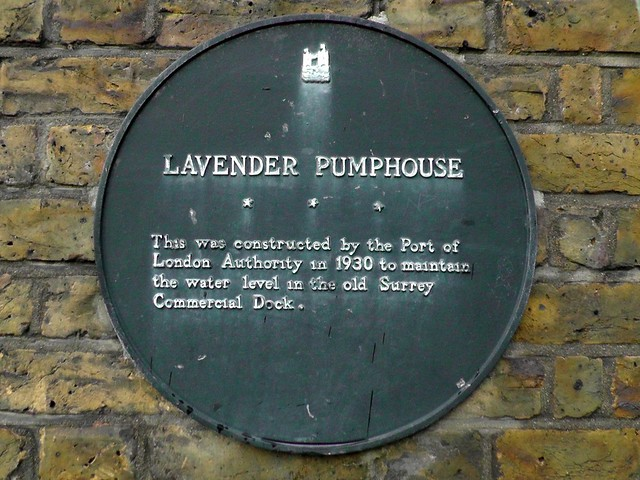 Black plaque № 11309 - Lavender Pumphouse    This was constructed by the Port of London Authority in 1930 to maintain the water level in the old Surrey Commercial Dock
