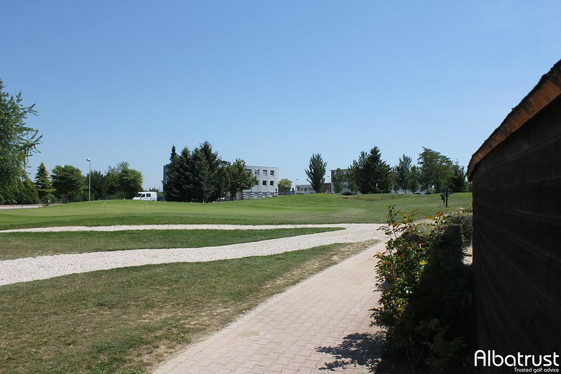 photo du golf Golf De Quetigny - Practice - Putting green