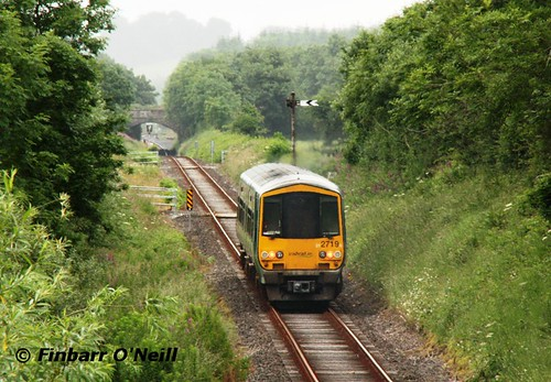silver diesel railcar birdhill 2012 dmu 2719 2722 multipleunit 2car 22000class 2700class kilmastulla finbarroneill obn77 finnyus