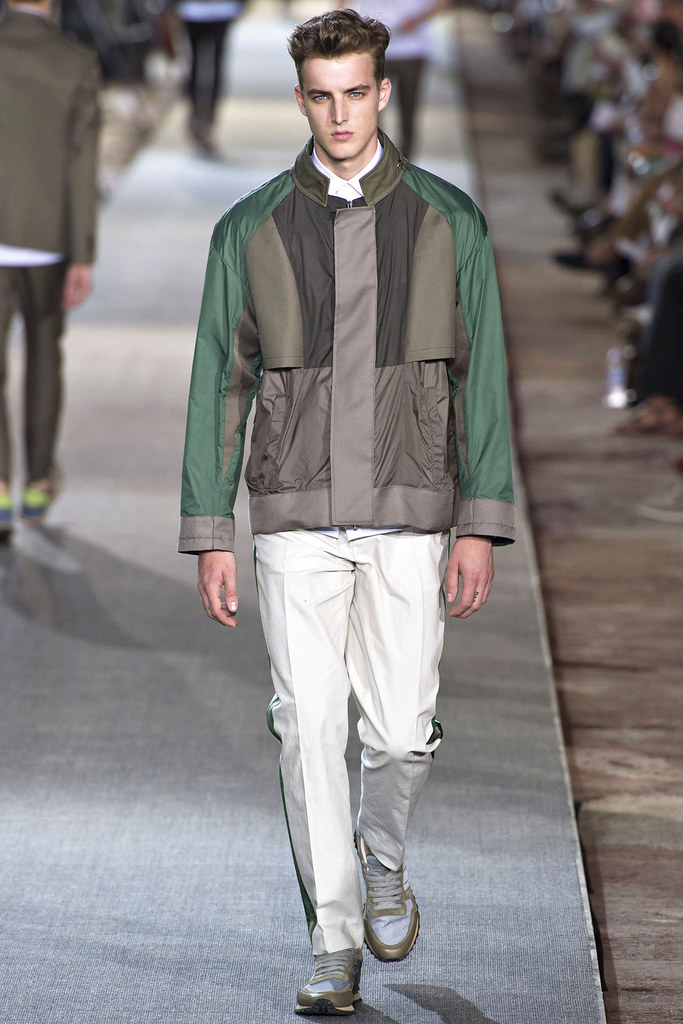 James Smith3647_SS13 Pitti Uomo Valentino(VOGUE)