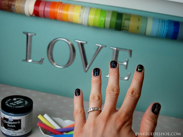 chalkboard nails 1