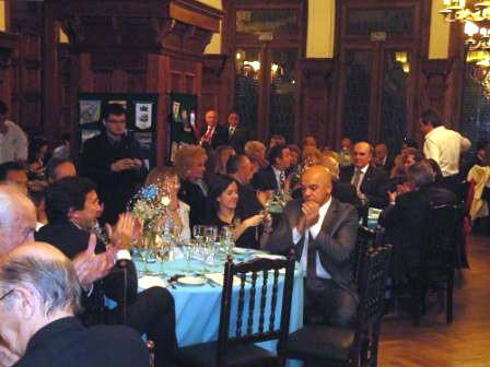 FOTO 2- MESA SOCIOS 3 5/7/2012