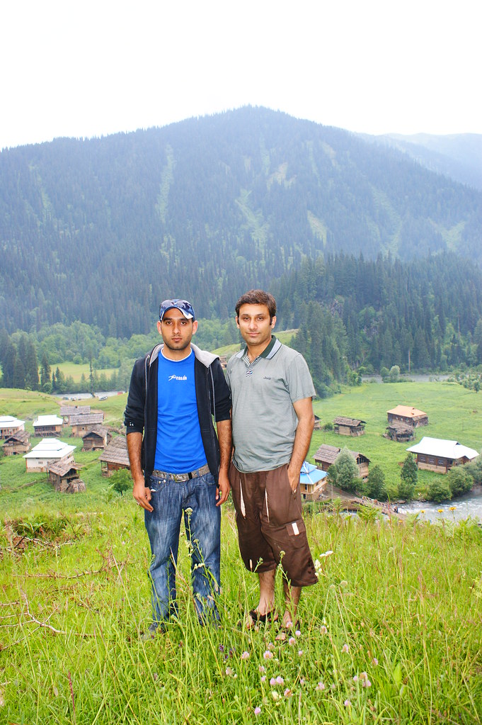 """MJC Summer 2012 Excursion to Neelum Valley with the great """"LIBRA"""" and Co - 7607630058 349d68400c b"""