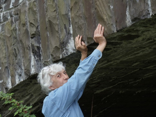 JOAN ATTEMPTS TO HOLD UP THE TAUGHANNOCK FALLS BRIDGE:  from below it looks in need of repair!!