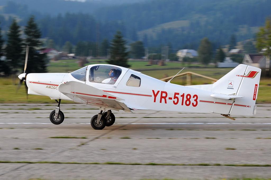Fly-in @ Floreni - Mitingul cailor putere - Poze 7678822112_4977d6b5ef_o