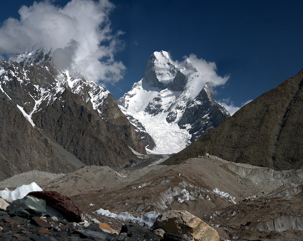 Muztagh Tower (7726 m),  Karakorum