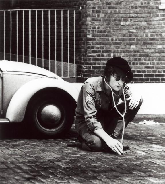Header of John Lennon