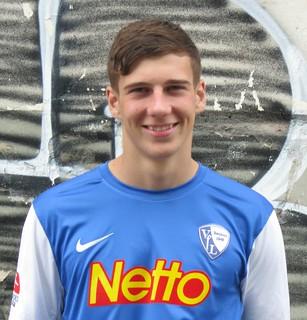 Leon Goretzka; VfL Bochum 1848 e.V.: Fotoshooting Mannschaftsfoto 2012/2013 (Jahrhunderthalle Bochum)