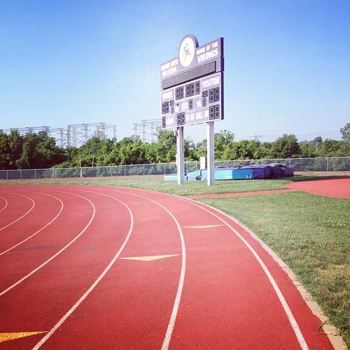 Track!