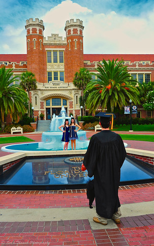 travel blue summer vacation sky people woman building brick water fountain clouds campus nikon florida caps floridastateuniversity fsu dresses gown tallahassee westcott graduates tassels coeds d700 yourphototips scottthomasphotography afsnikkor28300mmf3556gedvr