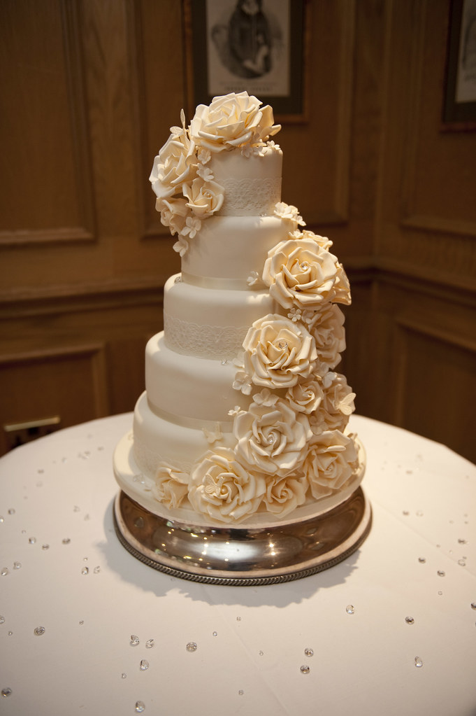 Luxury Cake Design Roma : Couture Cake Design s most interesting Flickr photos Picssr