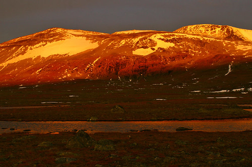 mountain snow mountains norway sunrise norge noorwegen valdresflya klaracolor