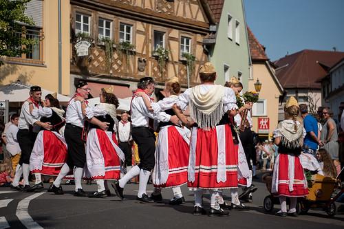 2016_09_11_Kraichgauer_Trachtengruppe_Landesfestumzug_Bad_Mergentheim-1