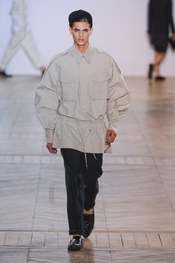 SS13 Paris Juun J.019_Russell Giardina(fashionising.com)
