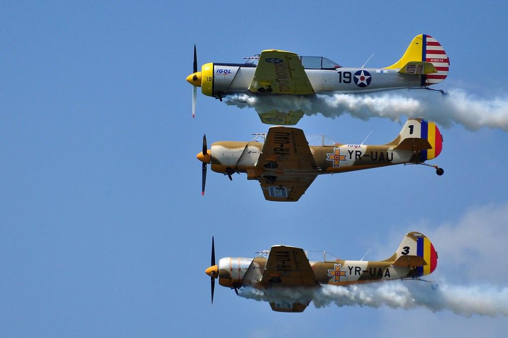 AeroNautic Show Surduc 2012 - Poze 7502217208_6b476bfabb_b