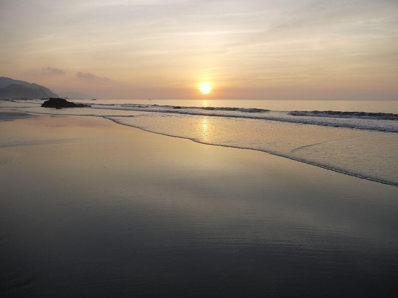 宜蘭港澳沙灘.jpg