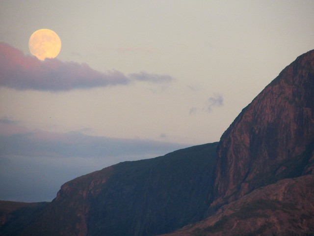 Full Moon in Gros Morne