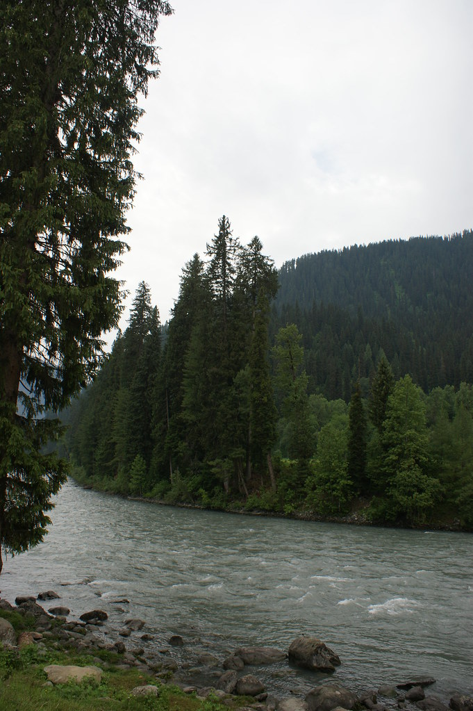 """MJC Summer 2012 Excursion to Neelum Valley with the great """"LIBRA"""" and Co - 7595710998 319ae6141b b"""