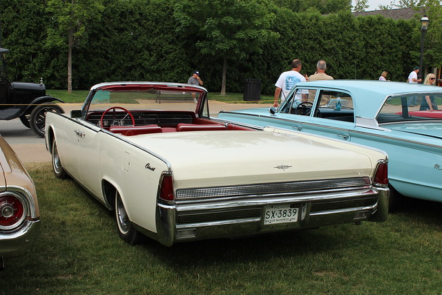 1964 lincoln continental convertible sedan flickr photo sharing. Black Bedroom Furniture Sets. Home Design Ideas
