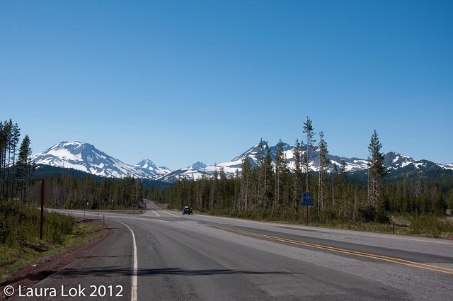 road to mt bachelor view of the sisters