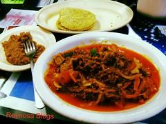 bãºn bã² huế(0.0), noodle soup(0.0), laksa(0.0), meal(1.0), lunch(1.0), supper(1.0), food(1.0), dish(1.0), soup(1.0), cuisine(1.0),