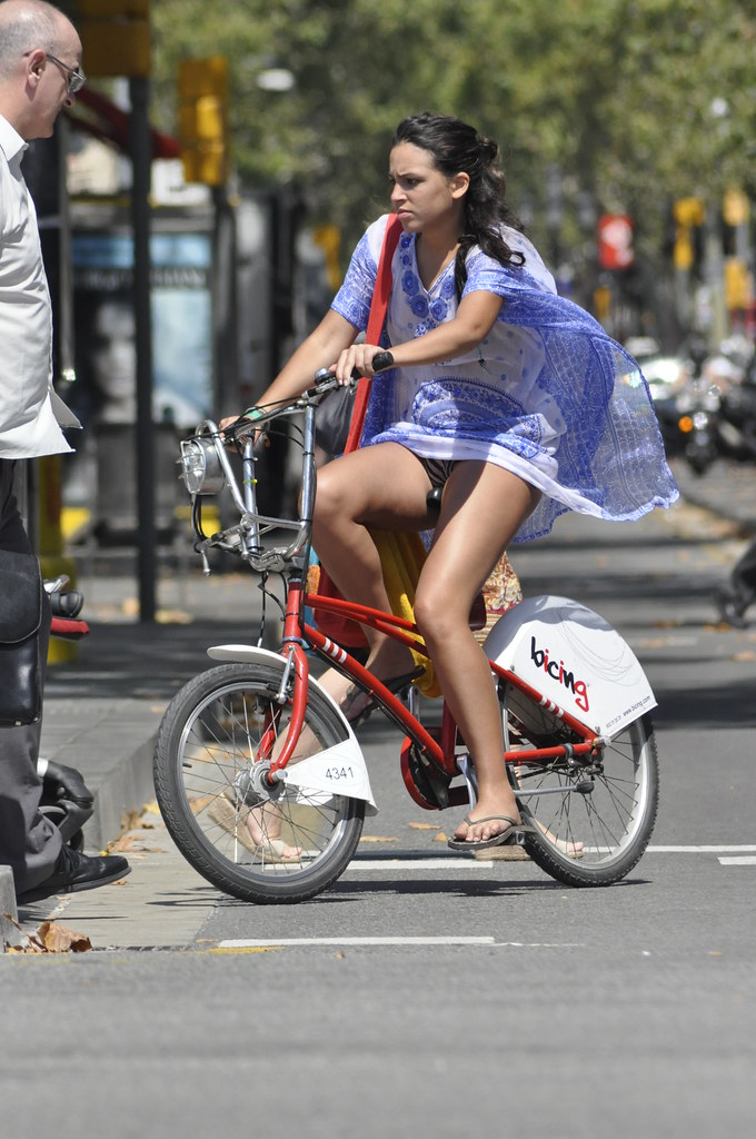 Upskirt girls on bicycles apologise