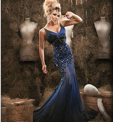 Dazzling Mermaid V Neck Appliqued Evening Formal Dress