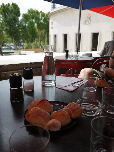 01 塞纳河边的午餐