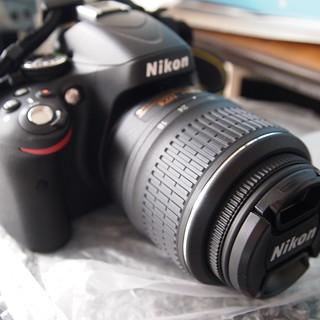 ニコン D5100 開封の儀 ボディ レンズ撮りつけ