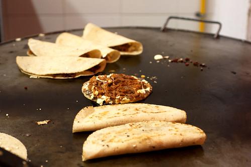 quesadillas & sope @ las quekas