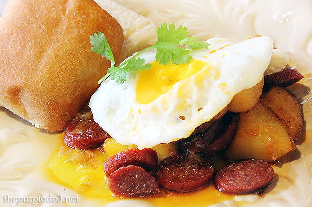 Fried Chorizo, Potatoes, Egg and Pandesal P475
