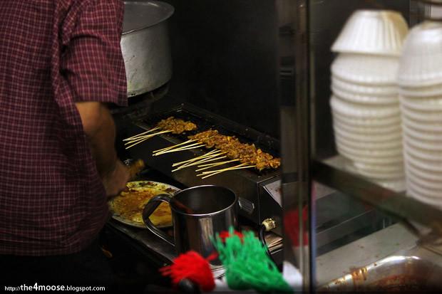 Nasi Ayam Geylang Serai - Chicken Satay