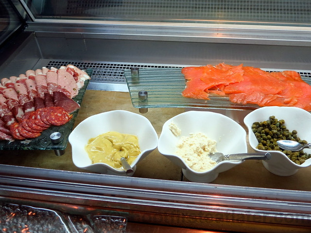 cold cuts & smoked salmon