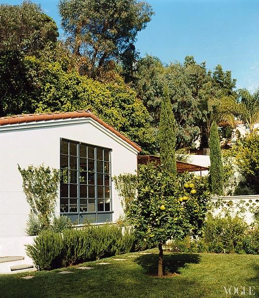 amanda-peet-house-04_122219455437